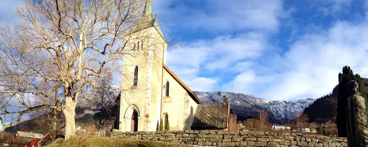 Ullensvang church
